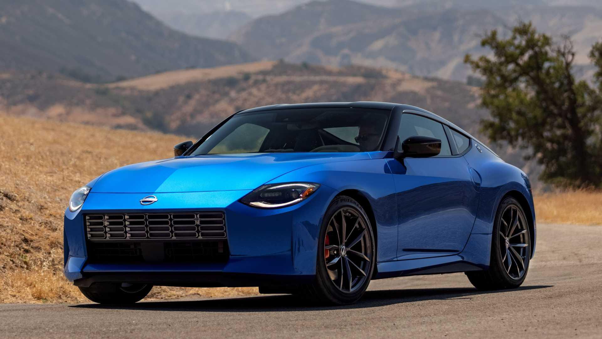 Дизайн Nissan Z 2023 года выбран из 100 предложений, представленных по всему миру