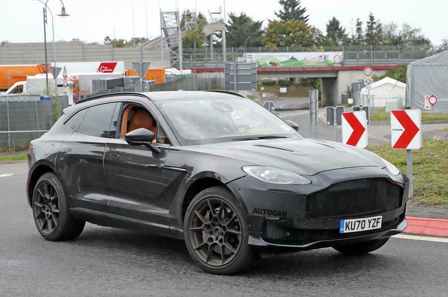 2023 Aston Martin DBX S: супер-внедорожник может получить двигатель V12